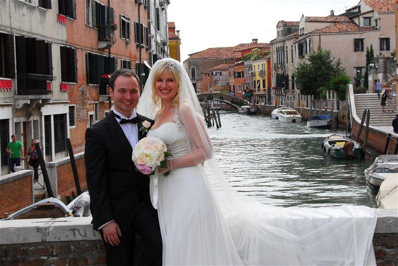 Amy & Kevin's Stylish Venice Wedding // Infinity Wedding & Events
