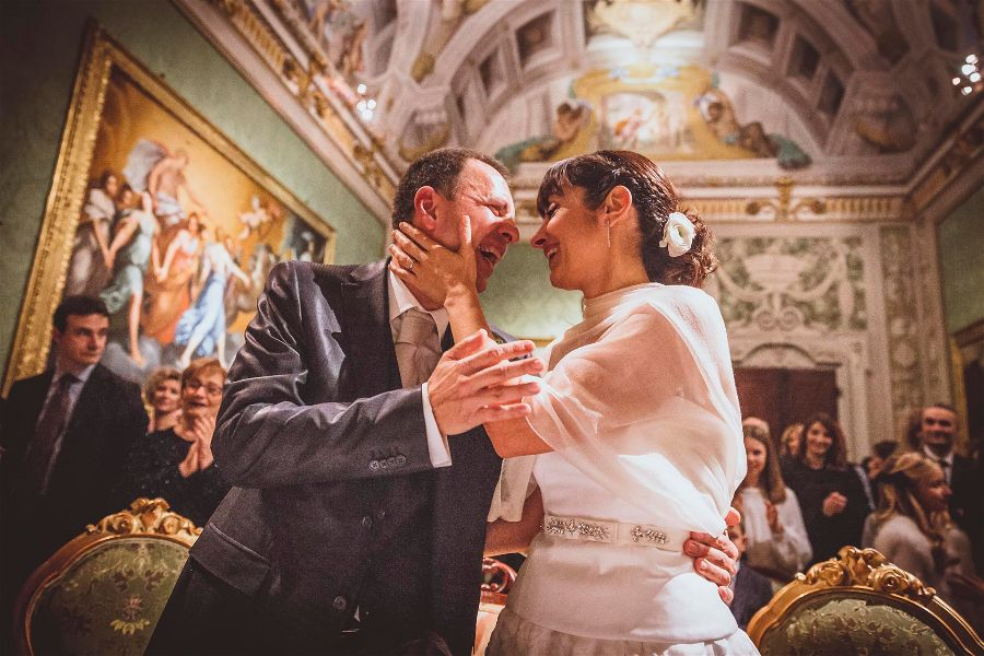 Giulia C. Fotografa Destination Wedding Photographer Italy. Europe & Worldwide- member of the Destination Wedding Directory by Weddings Abroad Guide