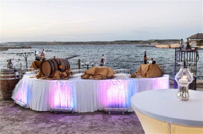 Hola Beach Club- Malta Wedding specialists Wed Our Way provide their Top Tips for the Best Wedding Venue Malta has to offer. They look at the five best wedding reception venues in Malta and tell you why they stand out from the rest | WedOurWay | weddingsabroadguide.com