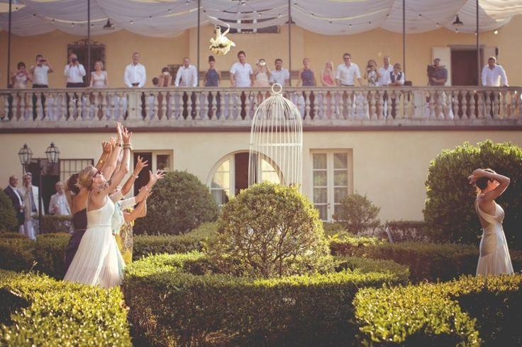 Villa Bucciano Tuscany - Infinity Wedding & Events - Daniele Vertelli & Andrea Corsi - weddingsabroadguide.com