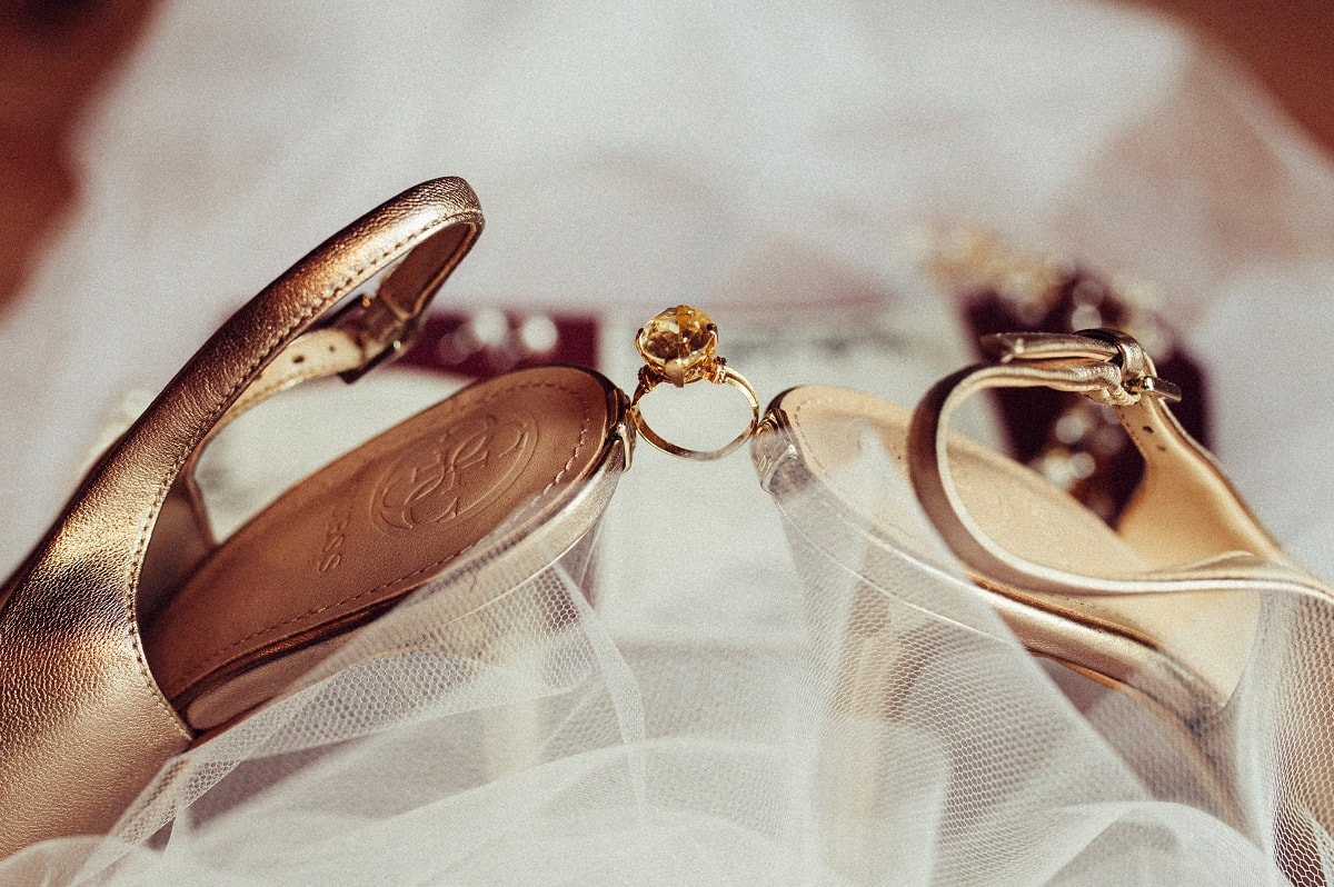 Consider your skin tones when choosing your wedding jewelry