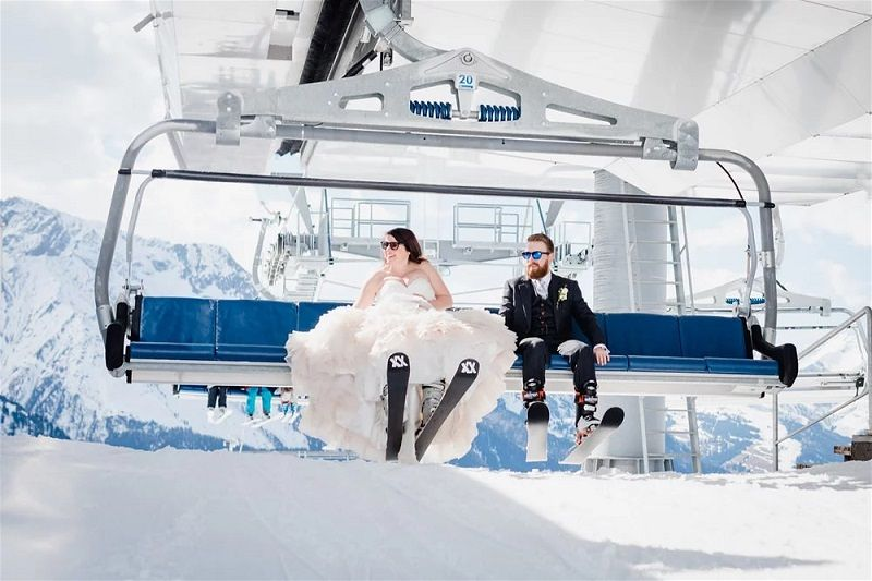 Adventure Wedding in the Austrian Alps, Trash the Dress Ski Session | Wild Connections Photography