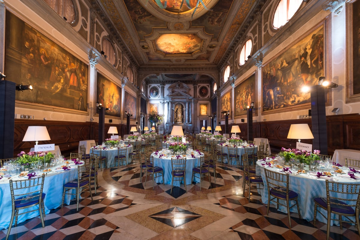 Casa Collina Limited Destination Wedding Planner - Wedding Celebrant Italy member of the Destination Wedding Directory by Weddings Abroad Guide