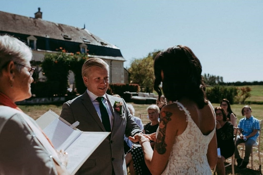 Ceremonies in France Wedding Celebrant Gaynor McKernan Juha Review