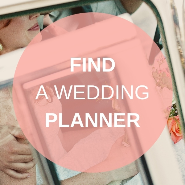 Find a Destination Wedding Planner on Weddings Abroad Guide