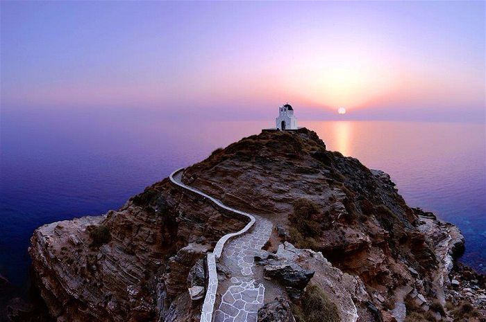 I Love Sifnos Wedding Planner, Events, Tours on the Greek Island of Sifnos - member o the Destination Wedding Directory by Weddings Abroad Guide
