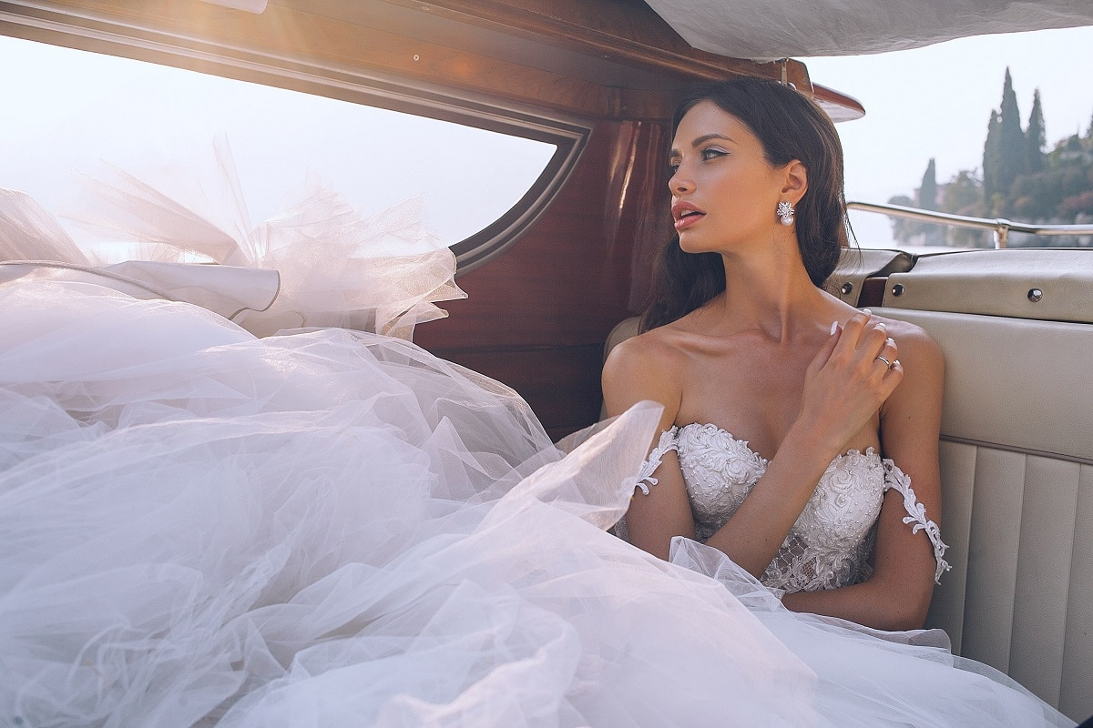 Accessorising your Wedding Dress - the do's and dont's