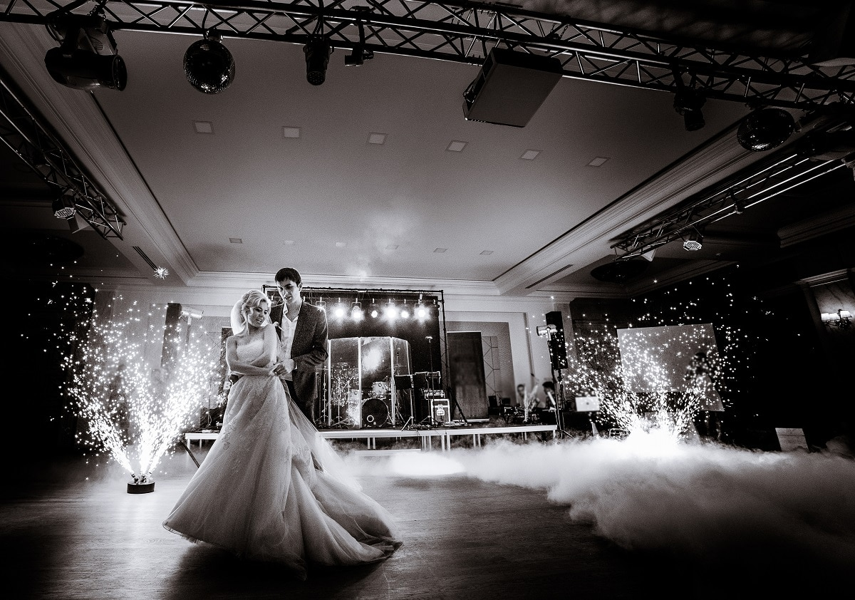 Riviera Sounds For all your Destination Music, Lighting, Sound Equipment & Entertainment Needs in France, Spain & Italy - valued member of Weddings Abroad Guide Supplier Directory