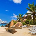 Wedding & Honeymoon Guide to the Seychelles // Holidaysplease // weddingsabroadguide.com